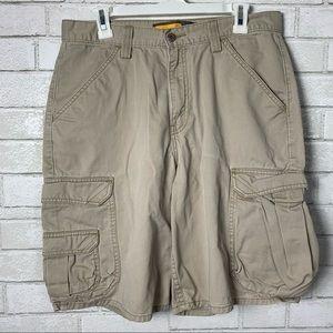 VTG Levi's cargo shorts baggy silver tag pockets